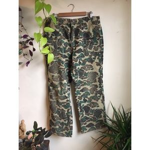 softest vintage Cabela's camo pants